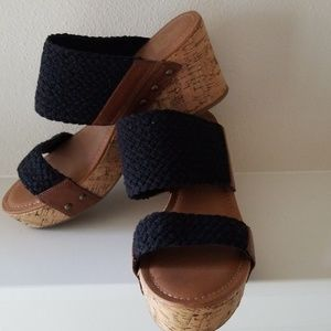 CROWN VINTAGE WEDGES